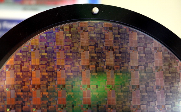 Silicon「Samsung Highlights Mobile Products Using Its Thin Semiconductors」:写真・画像(15)[壁紙.com]