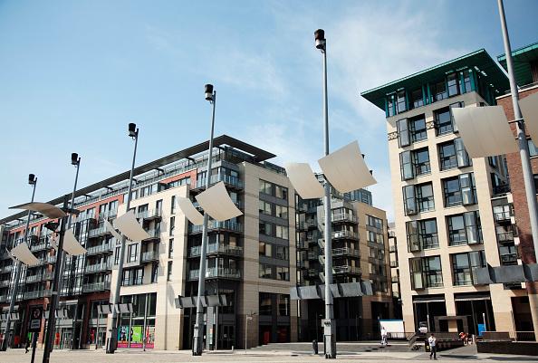 Apartment「Newbuild apartments, Smithfield Square, Dublin, Ireland 2008」:写真・画像(5)[壁紙.com]