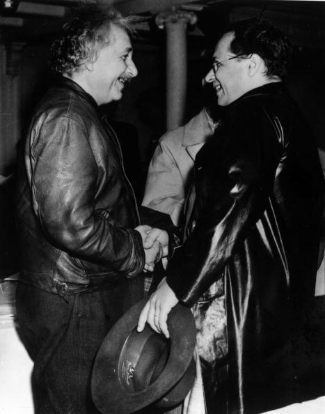 ジャケット「Einstein And Son」:写真・画像(19)[壁紙.com]
