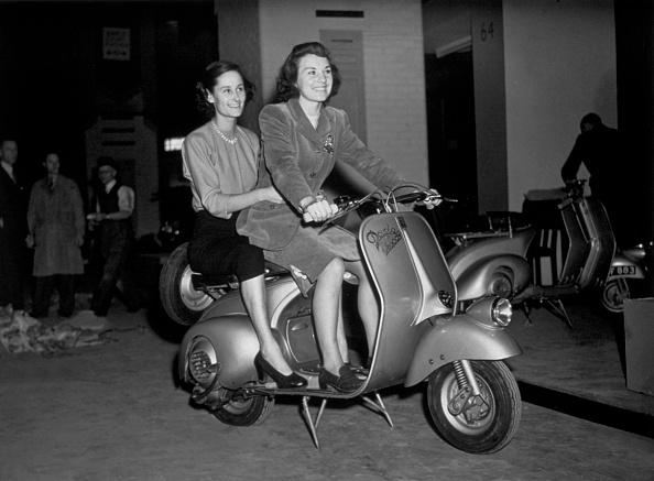 自転車・バイク「Two On A Bike」:写真・画像(16)[壁紙.com]