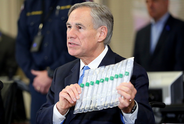 Texas「Texas Governor Abbott And Local Officials Hold Press Conference On Coronavirus」:写真・画像(10)[壁紙.com]