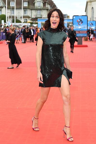 "Hot Pink「""Jury & Award Winners"": Red Carpet - 44th Deauville American Film Festival」:写真・画像(16)[壁紙.com]"