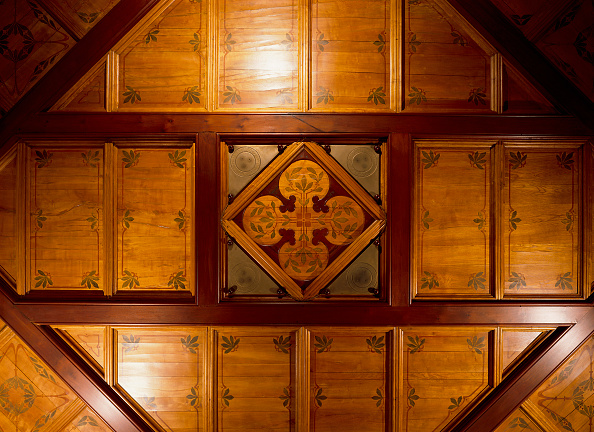 Rectangle「View of a wooden ceiling」:写真・画像(19)[壁紙.com]