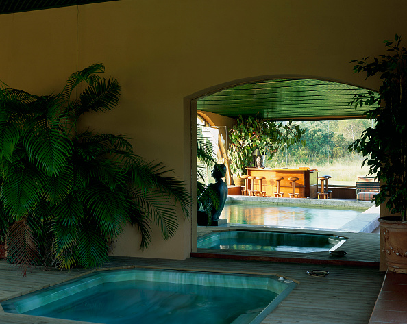 Transparent「View of a well maintained Jacuzzi」:写真・画像(7)[壁紙.com]