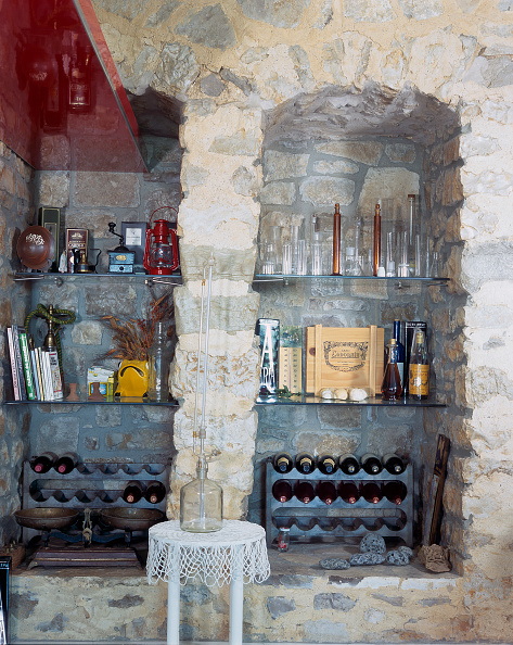 Drinking Glass「View of a wine cellar」:写真・画像(9)[壁紙.com]