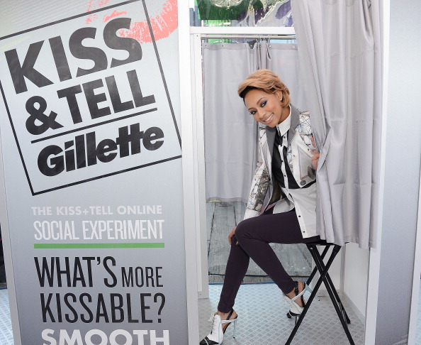 "Two-Toned Hair「Keri Hilson And Gillette Ask Los Angeles Couples To ""Kiss & Tell"" If They Prefer Stubble Or Smooth Shaven」:写真・画像(4)[壁紙.com]"