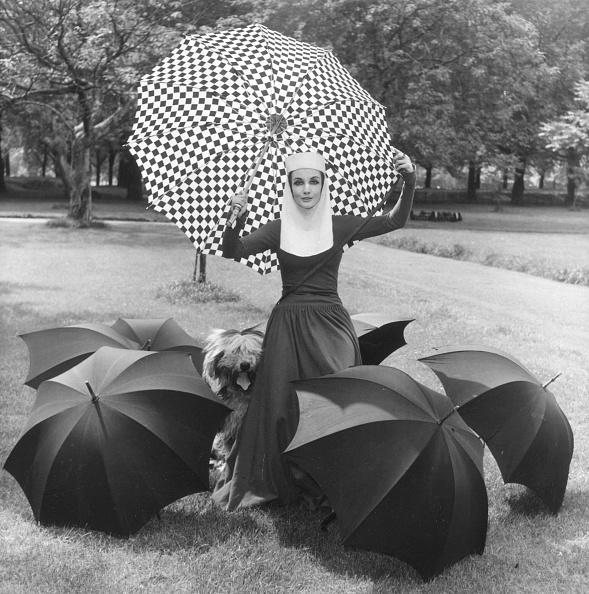 Umbrella「Medieval Re-Enactment」:写真・画像(12)[壁紙.com]