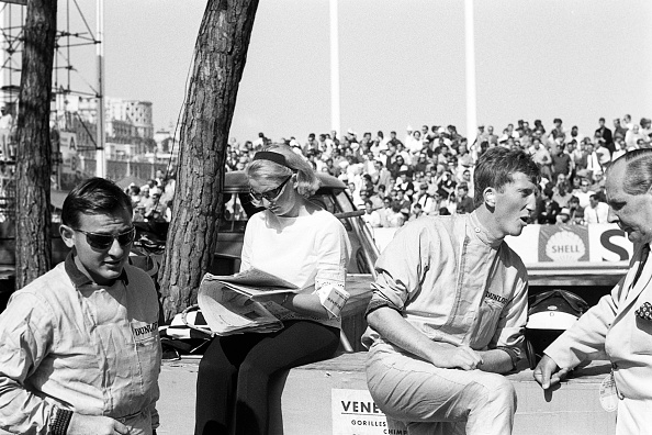 モナコ公国「Bruce McLaren, Patty McLaren, Jochen Rindt, Grand Prix Of Monaco」:写真・画像(3)[壁紙.com]