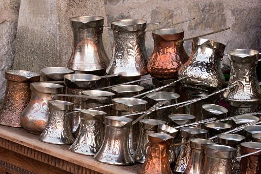 Gift Shop「Copper souvenirs at Mostar,Bosnia Herzegovina」:スマホ壁紙(5)