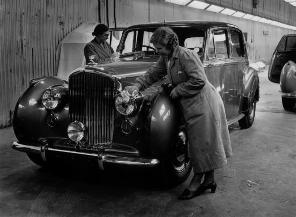 Bentley「A Final Polish」:写真・画像(12)[壁紙.com]