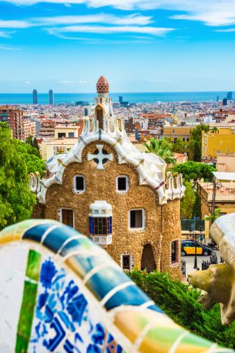 Art Nouveau「Barcelona Skyline from Park Guell」:スマホ壁紙(13)