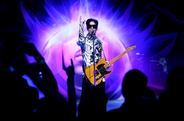 "Performance「Prince And Lotusflow3r.com Make History With ""One Night... Three Venues""」:写真・画像(11)[壁紙.com]"