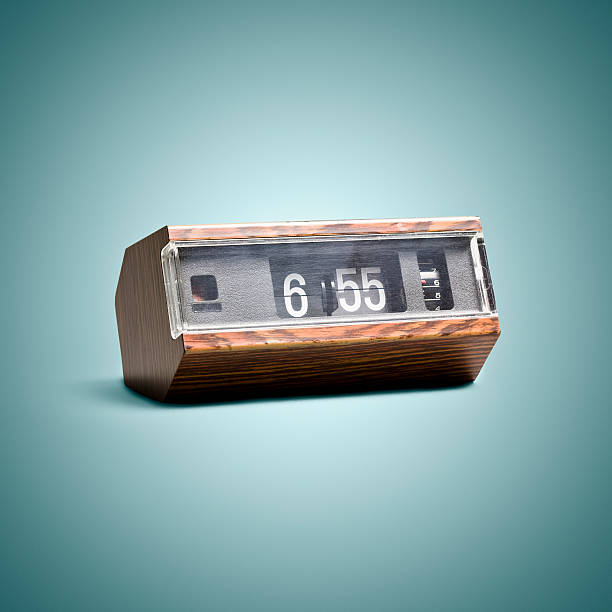 Digital flip clock. Time Vintage Style Art Background:スマホ壁紙(壁紙.com)