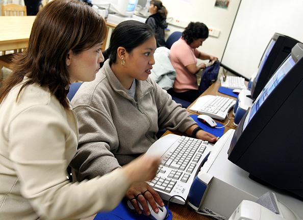 Latin American and Hispanic Ethnicity「Chicago Public School And Mexican University Launch Community Center」:写真・画像(19)[壁紙.com]