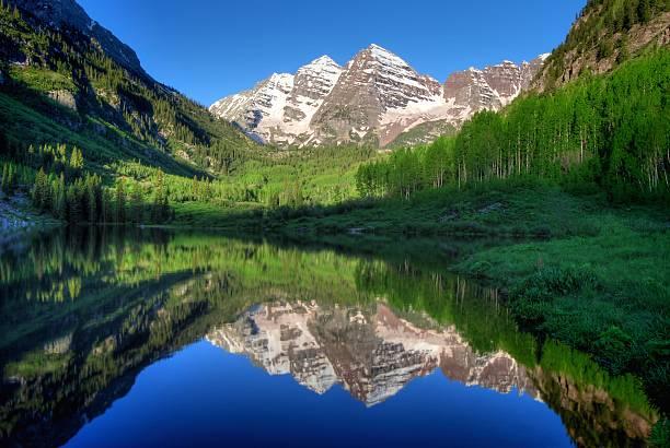 USA, Colorado, Aspen, Maroon Bells in morning:スマホ壁紙(壁紙.com)
