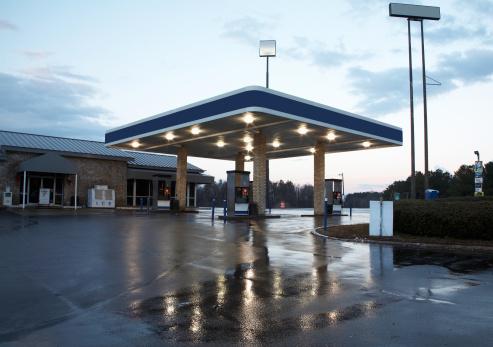 Rain「Gas station」:スマホ壁紙(16)