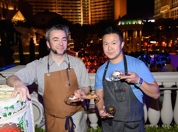 Crunchy「Celebrity Chefs Light Up The Strip At Vegas Uncork'd By Bon Appetit's Grand Tasting At Caesars Palace」:写真・画像(15)[壁紙.com]