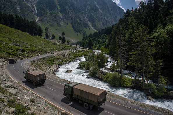 India「Indian and Chinese Troops Face-off Along The Disputed Himalayan Border」:写真・画像(15)[壁紙.com]