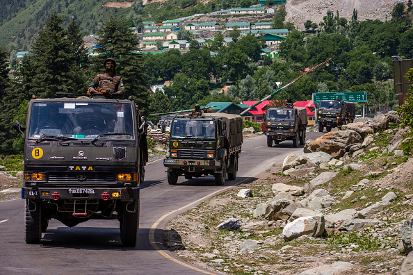 India「Indian and Chinese Troops Face-off Along The Disputed Himalayan Border」:写真・画像(7)[壁紙.com]