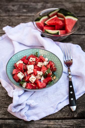 スイカ「Fresh watermelon salad with feta cheese, mint and sesame」:スマホ壁紙(16)