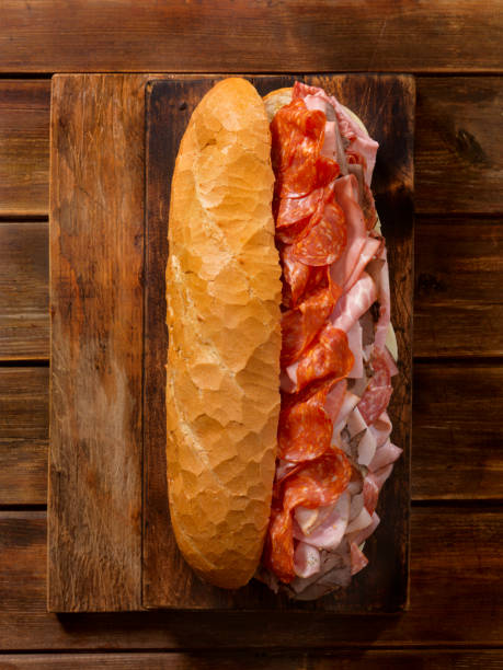 Loaded Party Sub Sandwich on a French Loaf:スマホ壁紙(壁紙.com)