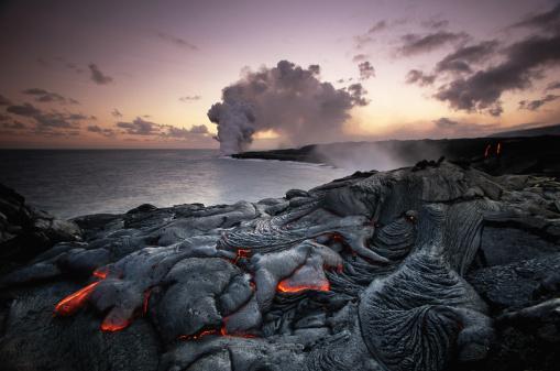 Pacific Ocean「USA, Hawaii, Volcanoes National Park, Kilauea erupting」:スマホ壁紙(9)