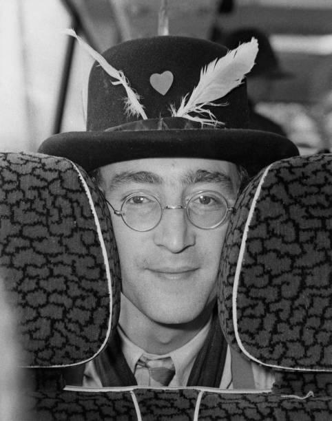 ハート「John's Magical Mystery Tour」:写真・画像(19)[壁紙.com]