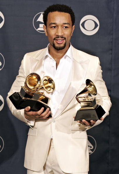 グラミー賞「48th Annual Grammy Awards - Press Room」:写真・画像(4)[壁紙.com]