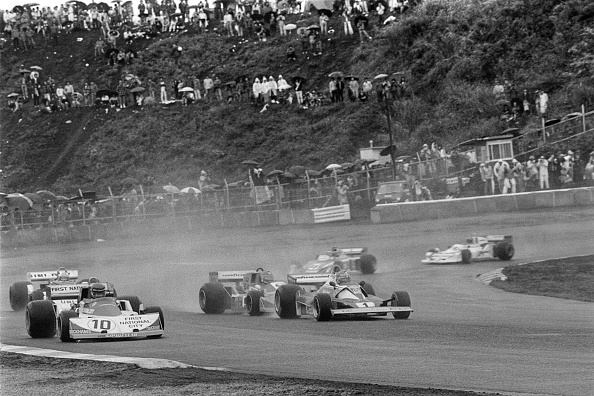Japanese Formula One Grand Prix「Ronnie Peterson, Niki Lauda, Grand Prix Of Japan」:写真・画像(11)[壁紙.com]