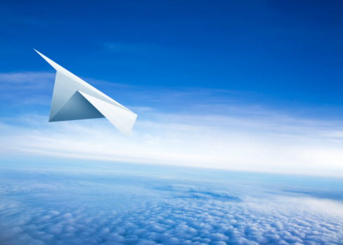 Freedom「Paper Airplane」:スマホ壁紙(4)