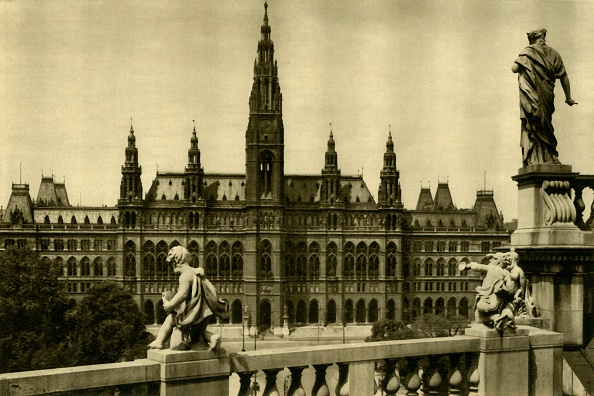 Gothic Style「The Town Hall」:写真・画像(13)[壁紙.com]