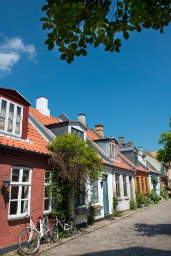 """Arhus「Old buildings on """" Mollestien """" Lane in Aarhus」:スマホ壁紙(12)"""