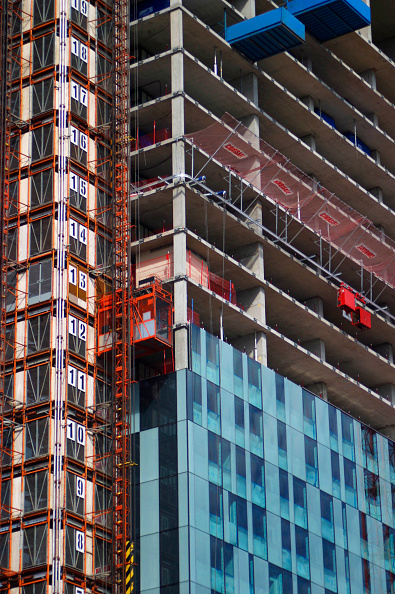 Effort「Manchester development. The dramatic 171-metre high glass-clad 47 storeys tower development expecting to cost around £150 million is the work of north west developer the Beetham Organization. With space for a five-star Hilton hotel, offices and apartment」:写真・画像(17)[壁紙.com]
