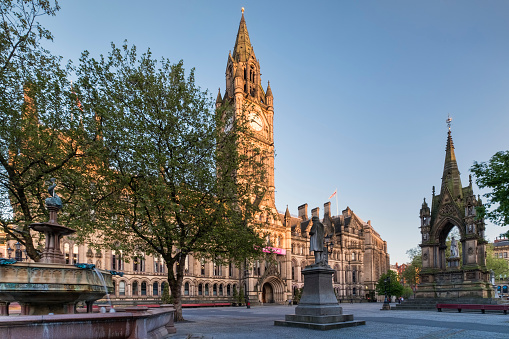 Gothic Style「Manchester Town Hall and Albert Square, Manchester, Greater Manchester, England, UK」:スマホ壁紙(4)
