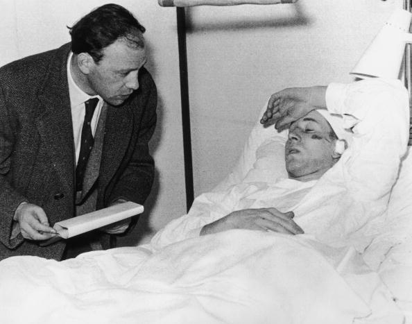 Munich「Charlton In Hospital」:写真・画像(12)[壁紙.com]
