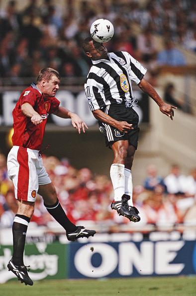 スタディオ・ジュゼッペ・メアッツァ「FA Charity Shield Manchester United v Newcastle United 1996」:写真・画像(4)[壁紙.com]