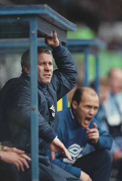 Bench「Peter Reid Manchester City Player Manager 1992」:写真・画像(12)[壁紙.com]