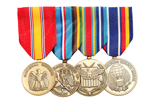 US Military「4 Military medals hanging on colorful ribbons」:スマホ壁紙(9)