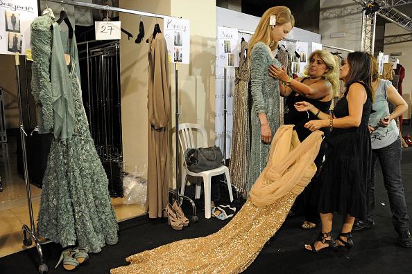 Elie Saab - Designer Label「Elie Saab - Backstage - PFW Haute Couture F/W 2011」:写真・画像(15)[壁紙.com]