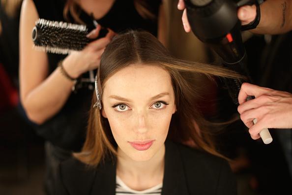 Mercedes-Benz Fashion Festival Sydney「MB Presents Australian Style - Backstage - MBFFS 2014」:写真・画像(12)[壁紙.com]