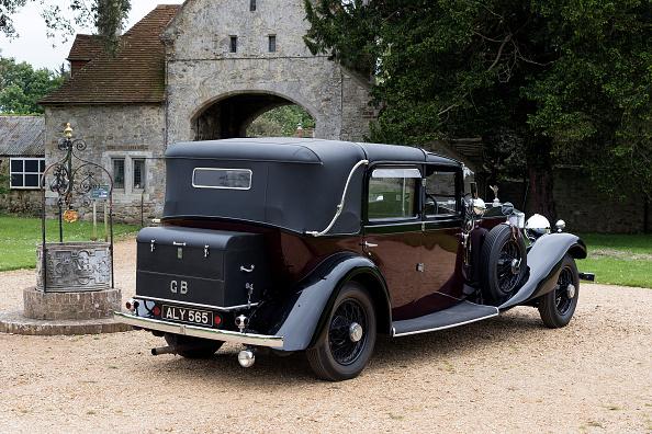 Finance and Economy「1933 Rolls Royce Phantom Ii Sedanca De Ville By Barker.」:写真・画像(9)[壁紙.com]