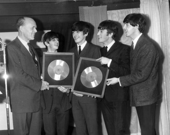 People「Beatles Discs」:写真・画像(4)[壁紙.com]