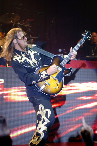 Bryan Haraway「Kid Rock Performs At Palms Casino」:写真・画像(19)[壁紙.com]
