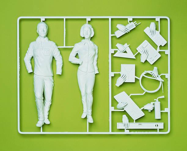 Plastic template of a model employee:スマホ壁紙(壁紙.com)