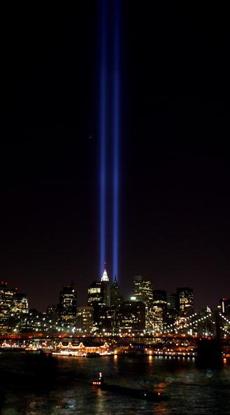 Light - Natural Phenomenon「New York Commemorates 4th Anniversary Of September 11 Terror Attacks」:写真・画像(3)[壁紙.com]