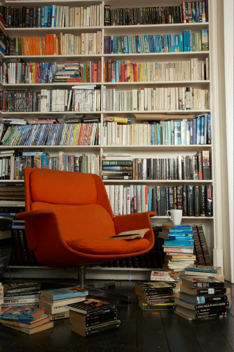 Collection「comfortable chair surrounded by books」:スマホ壁紙(8)