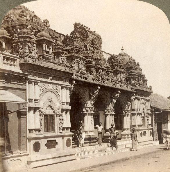 Hinduism「Exquisitely Carved Ornamentation Of A Hindu Buddhist Temple」:写真・画像(17)[壁紙.com]
