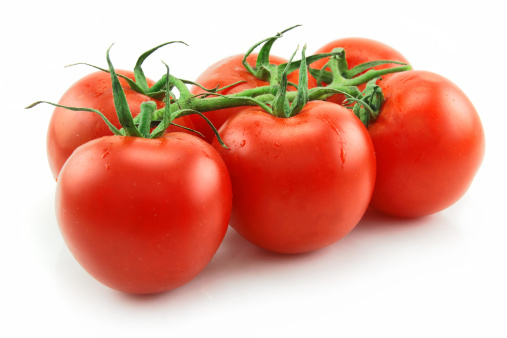 Clean「Ripe Tomatoes Isolated on White」:スマホ壁紙(14)