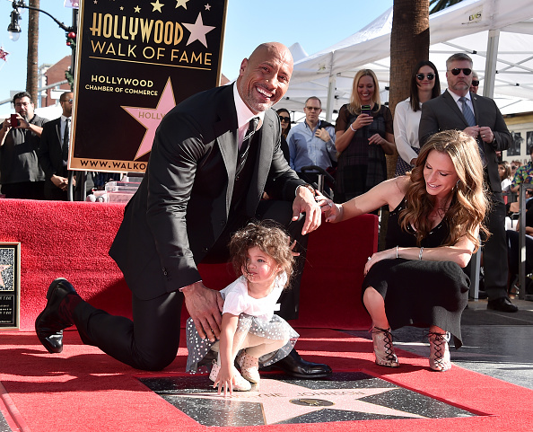 Alberto E「Dwayne Johnson Honored With Star On The Hollywood Walk Of Fame」:写真・画像(10)[壁紙.com]