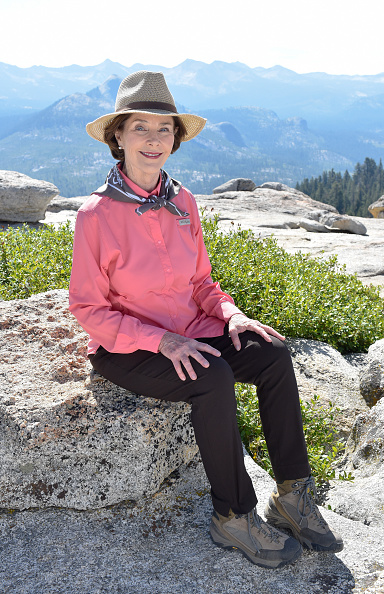 National Park「Honorary Find Your Park Co-Chair Mrs. Laura Bush Visits Yosemite National Park For The 99th Birthday Of The National Park Service」:写真・画像(14)[壁紙.com]